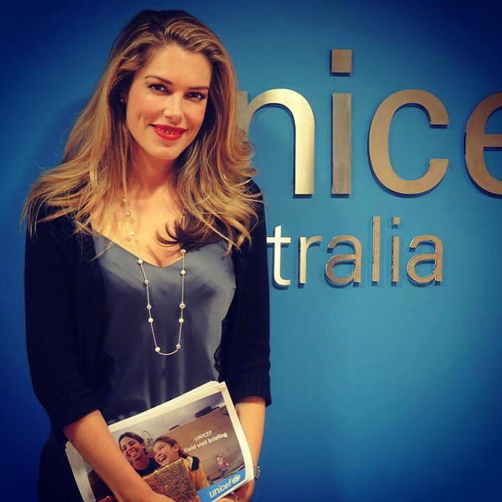 Follow UNICEF Australia Ambassador Tara Moss' Journey to Syrian Border
