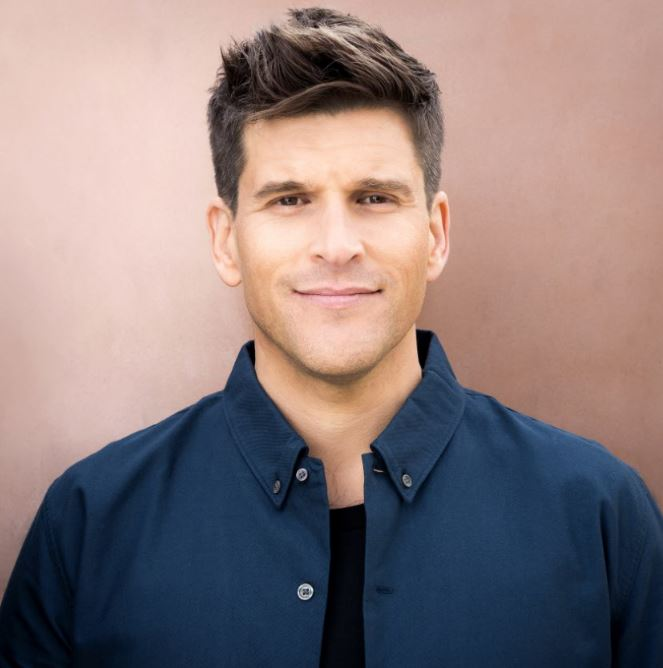 HarperCollinsPublishers to publish the memoir of Osher Günsberg, one of Australia's most-loved media personalities